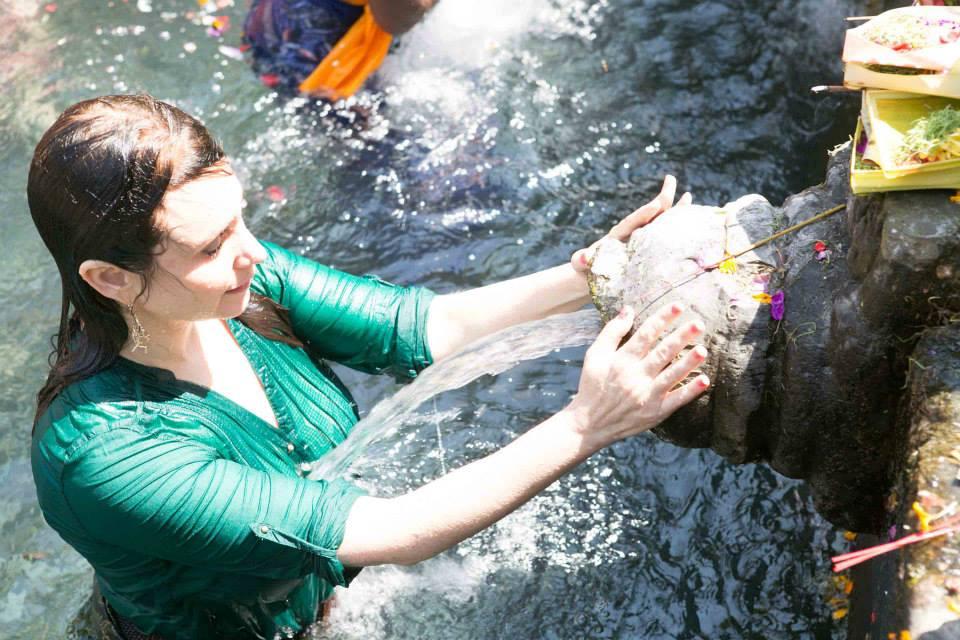 Tirta Empul fountain experience